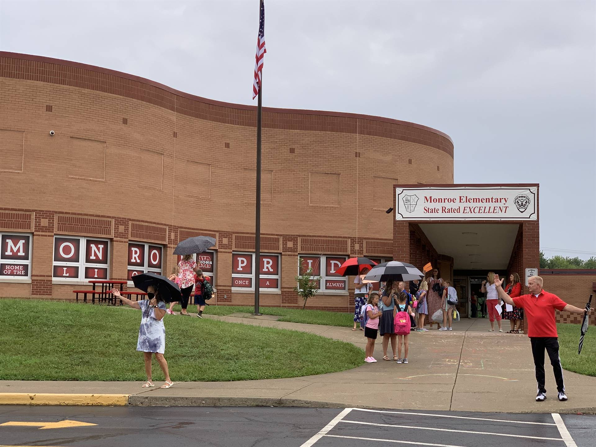 Students arriving on first day of school